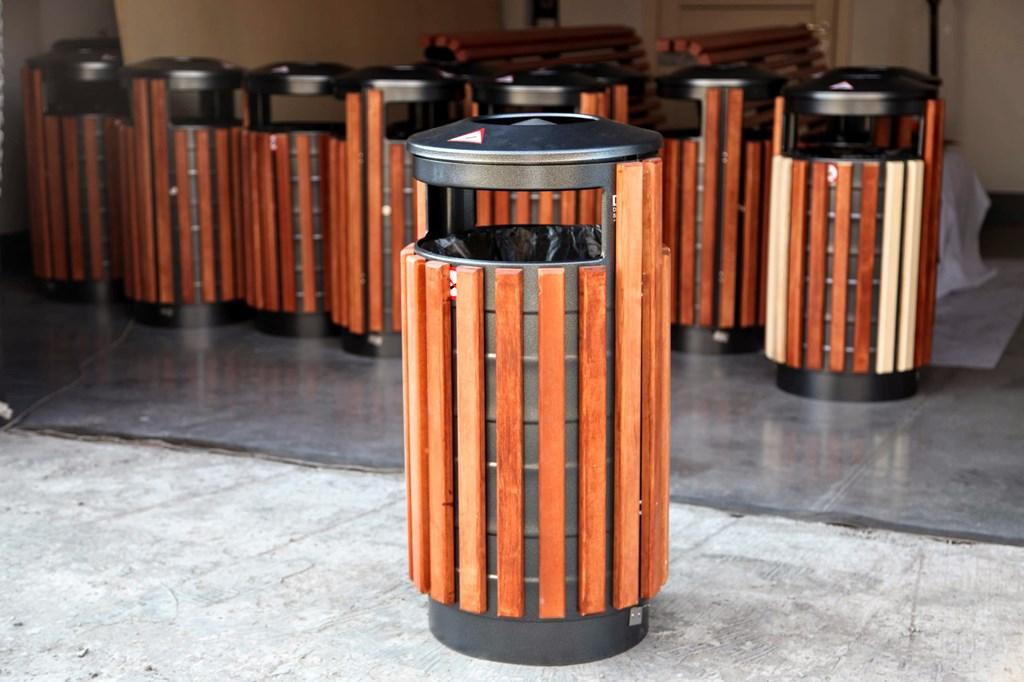 Особенности уличных урн для мусора